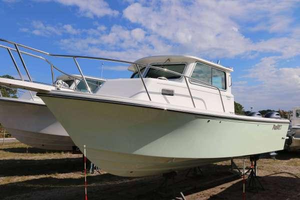 Parker 2520 XLD Sport Cabin