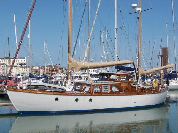 Traditional 20 Ton Hillyard Ketch Traditional 20 Ton Hillyard Ketch
