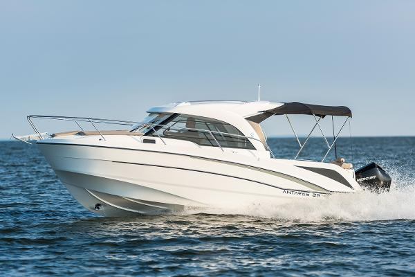 Beneteau America Antares 23 Manufacturer Provided Image