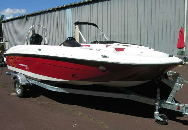 Bayliner 180 Element XL