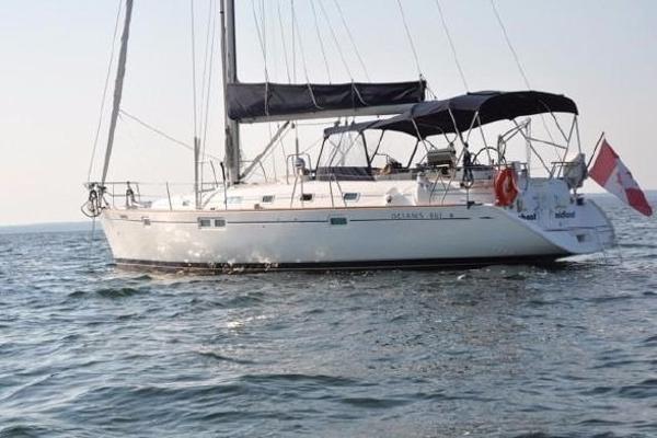 Beneteau Oceanis 461 On the hook