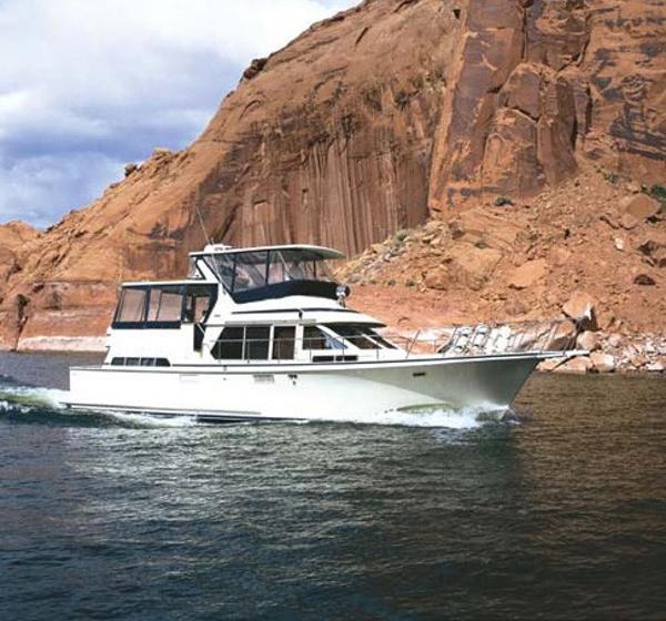 Tollycraft Flybridge Motor Yacht