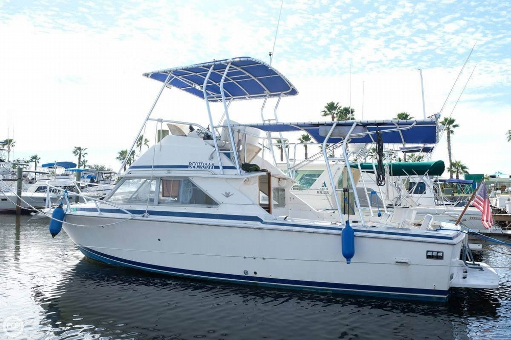 Bertram 28 Flybridge CRUISER 1983 Bertram 28 for sale in Merritt Island, FL
