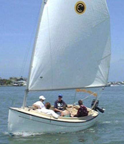Compac Sun Cat Daysailer Sun Cat under sail