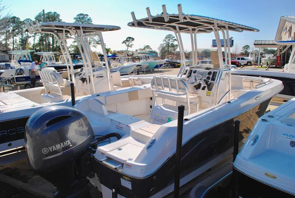 Robalo R200 Center Console 2017-Robalo-R200-Center-Console-Fishing-Boat-For-Sale