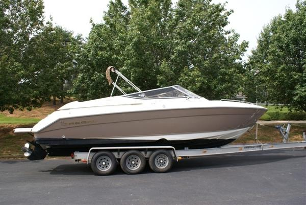 Regal 2900 LSR Bowrider  **SOLD**