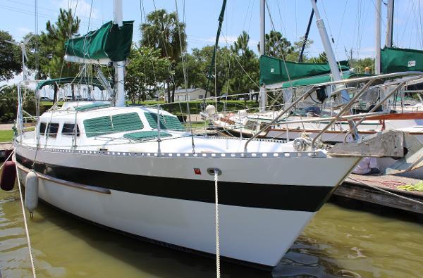 Hartmann-Palmer Seamaster 46 Pilothouse Exterior starboard