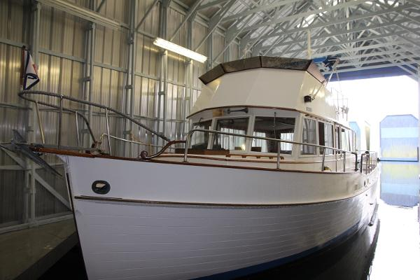 Grand Banks 42 Classic Port Side View