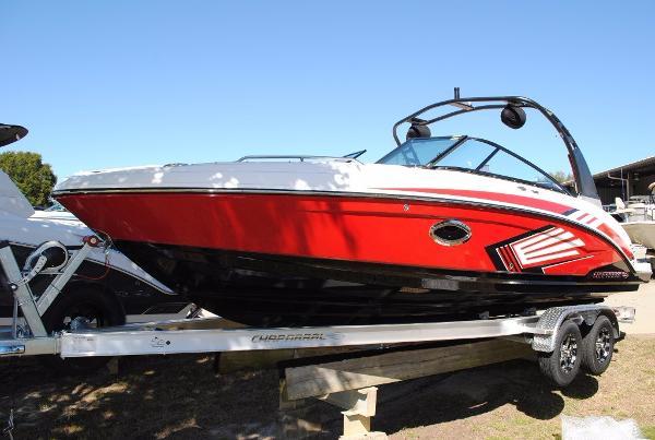 Chaparral 243 Vortex VRX Jet Boat