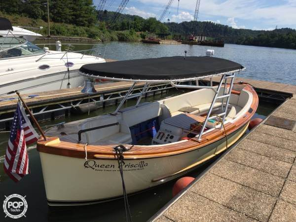 Uniflite Whaleboat 26 1968 Uniflite 26 for sale in Knoxville, TN