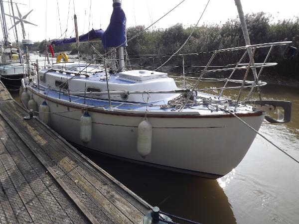 Colvic Sea Rover 28 (available)