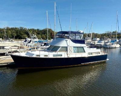 Tollycraft 48 Motor Yacht Unbridled