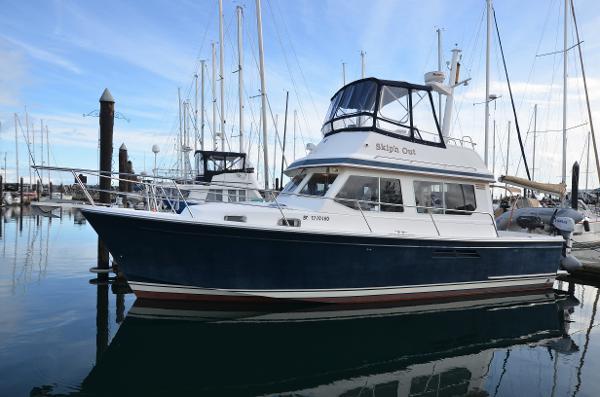 Sabreline 34 Port Profile