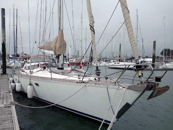 Kirie Feeling 546 Prestige AYC Yachtbroker - Feeling 546 Prestige