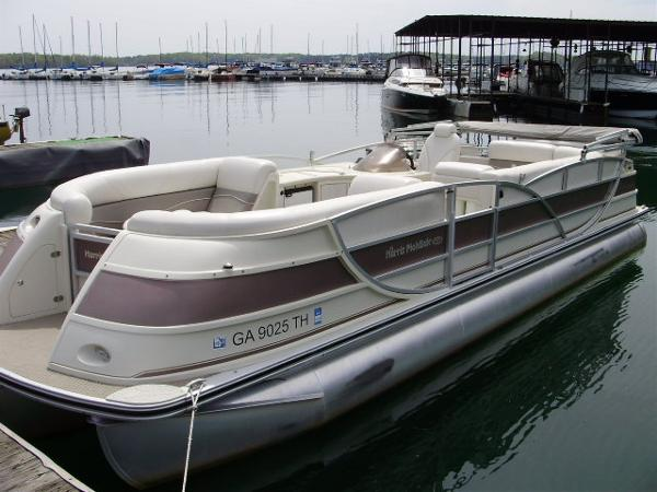 Harris FloteBote 270 Crowne  **SOLD**