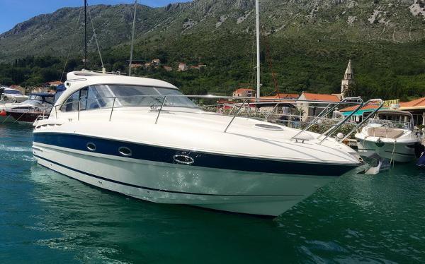 Bavaria Motor Boats 35 HT