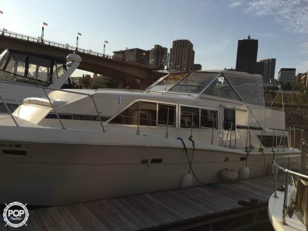 Chris-Craft Catalina 381 1986 Chris-Craft Catalina 381 for sale in Saint Paul, MN