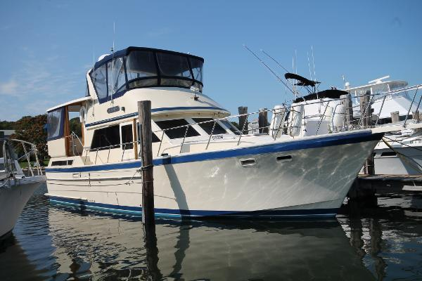 Jefferson 42 SE Sundeck Motor Yacht Port Bow