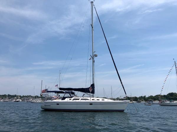 Catalina 380 At anchor