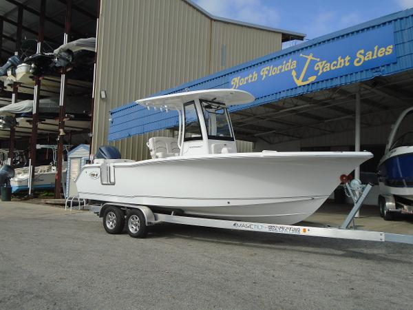 Sea Hunt Ultra 239 SE