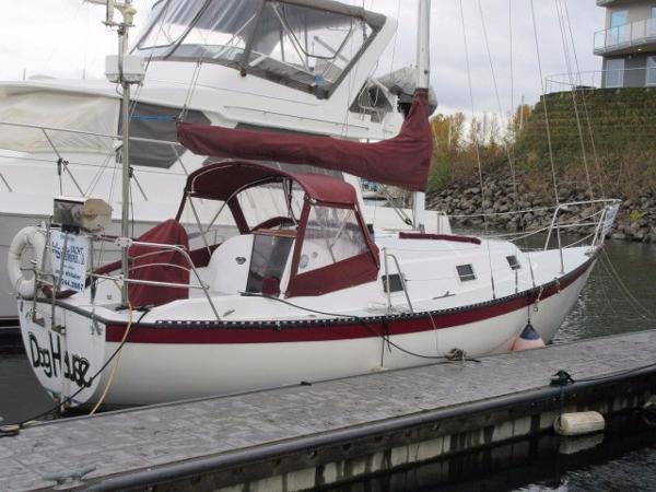 Lancer Yachts 29 MK II (C&C 30)