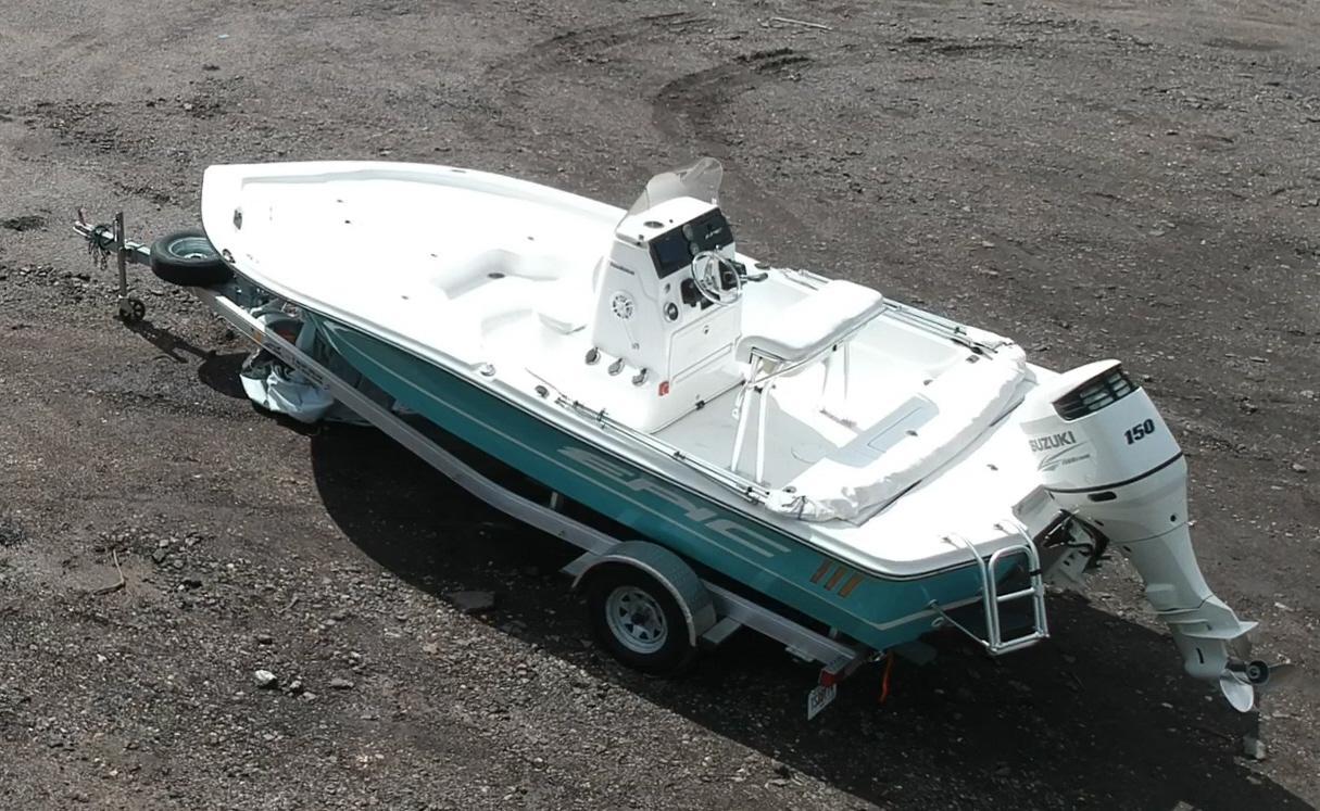 Epic Boat Company 21 SC Bay