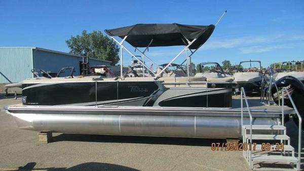 Tahoe Pontoon LTZ Cruise 24'
