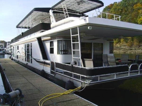 Horizon 18 x 85 Houseboat