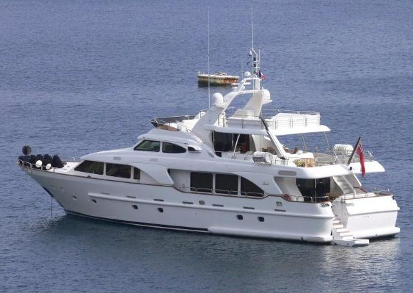 Benetti Tradition 100'