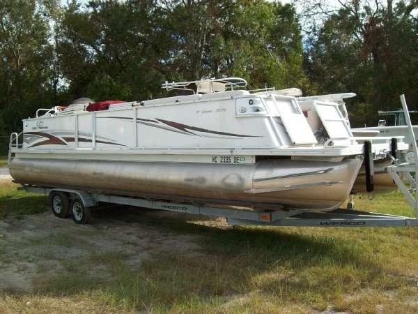 Crest Pontoon Boats Crest III Classic 30