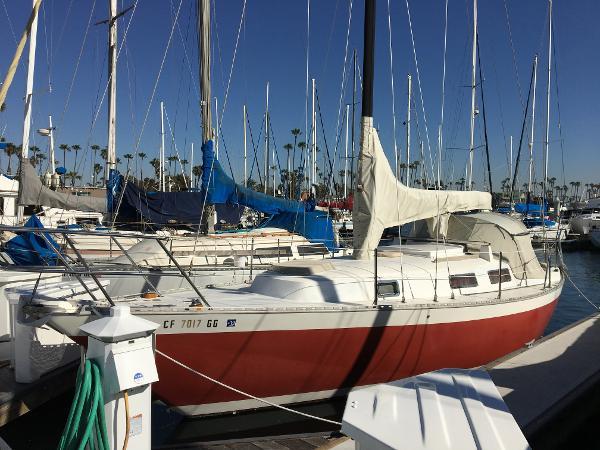 Columbia Yacht 32