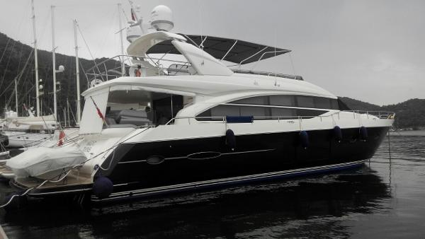 Princess 82 flybridge