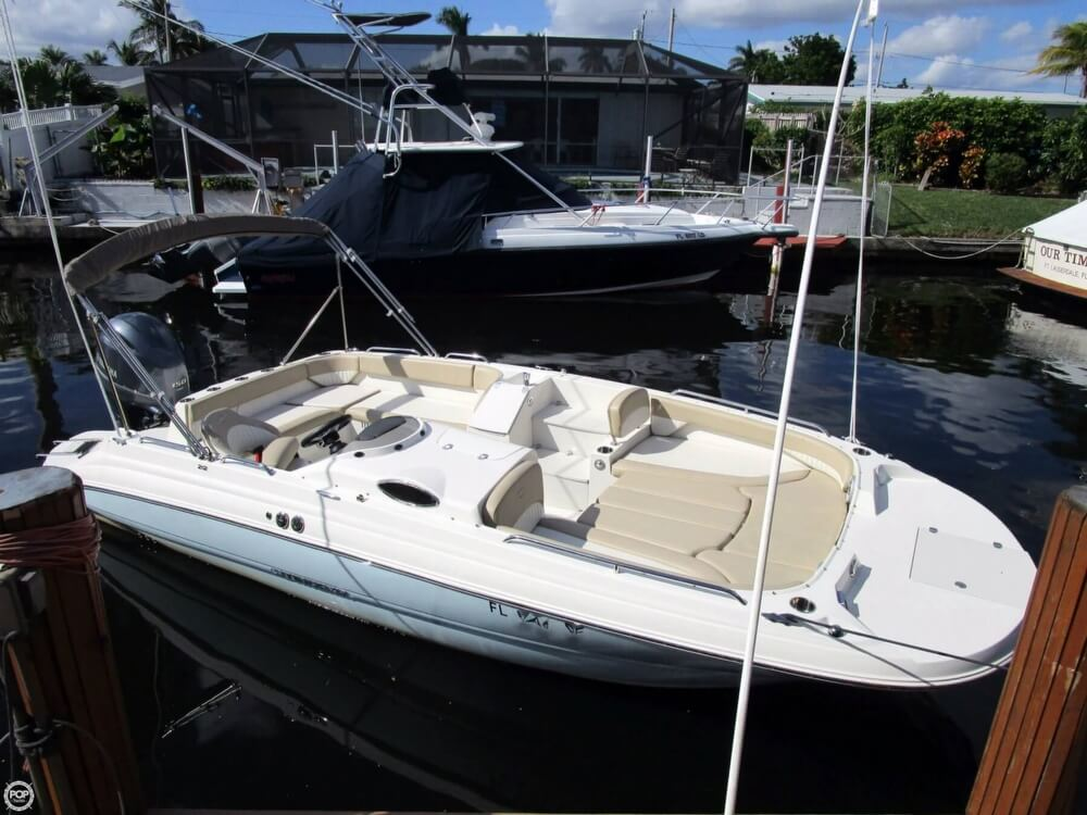 Stingray 212SC Deck Boat 2017 Stingray 212SC deck boat for sale in Fort Lauderdale, FL
