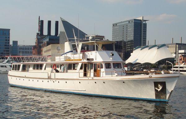 """LeBlanc Shipyards Pilot House Motor Yacht M/V """"Maryland Independence"""""""