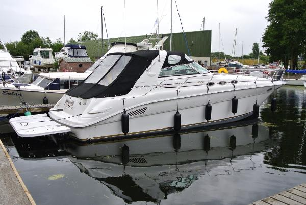 Sea Ray 370 Sundancer Sea Ray 370 Sundancer