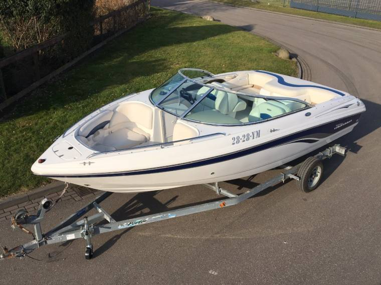 Chaparral Boats Chaparral 196 SSI