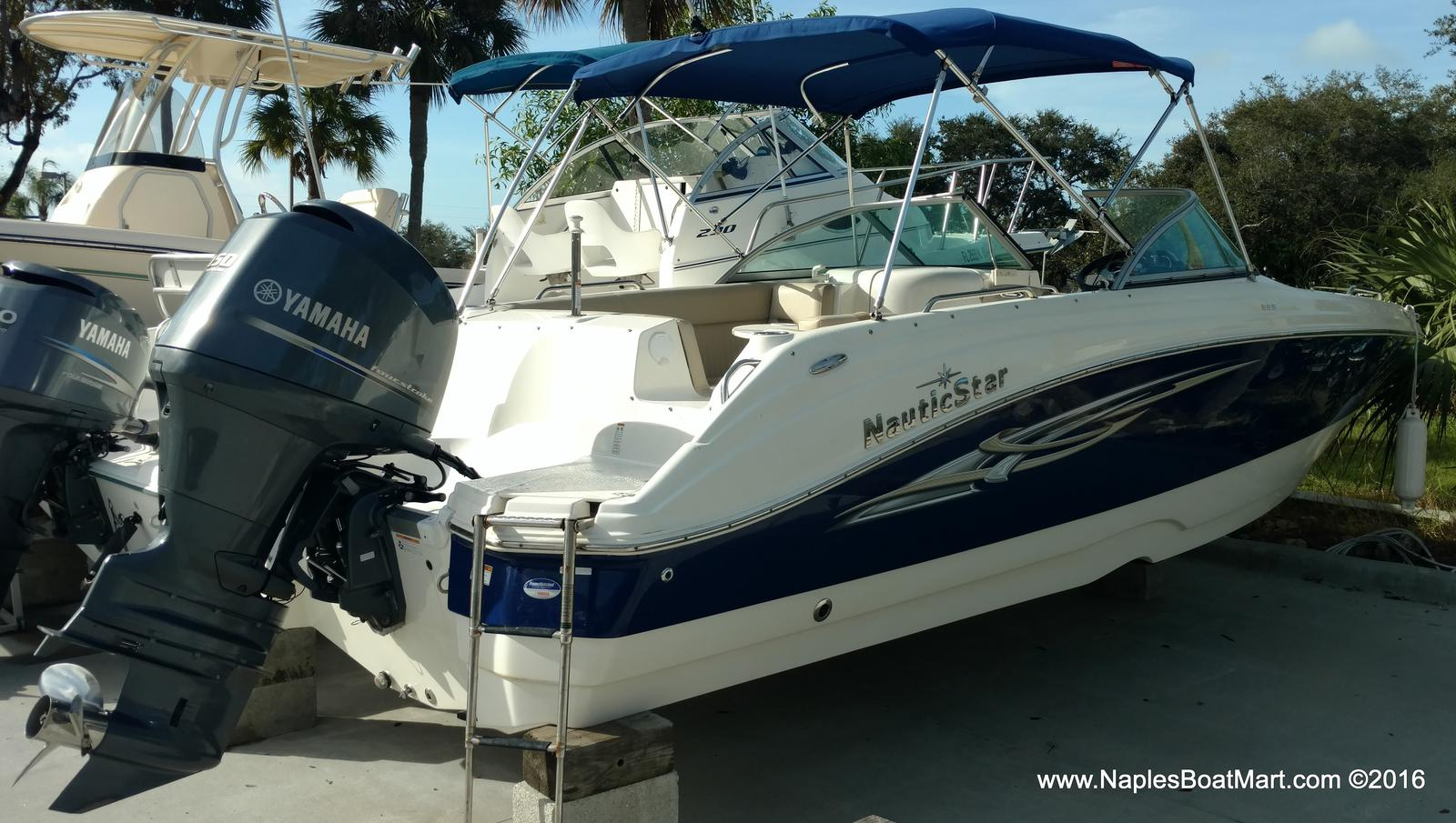 Nautic Star Sport Deck Boat 223 DC
