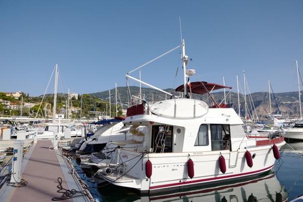 Beneteau Swift Trawler 34 UNADJUSTEDNONRAW_thumb_775b
