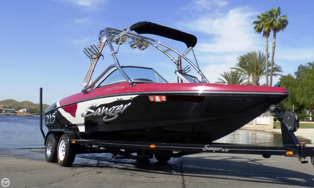 Sanger V215 WAKE SERIES 2008 Sanger 215 for sale in Canyon Lake, CA