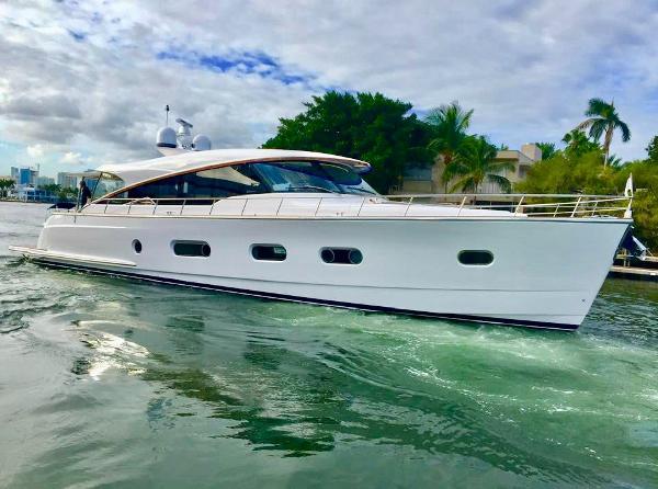 Riviera Belize 66 Sedan Belize 66 Sedan