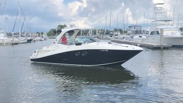 Sea Ray 310 Sundancer Profile - Starboard