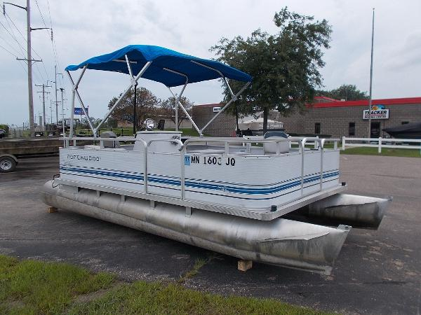 Smoker Craft Pontoon For Sale