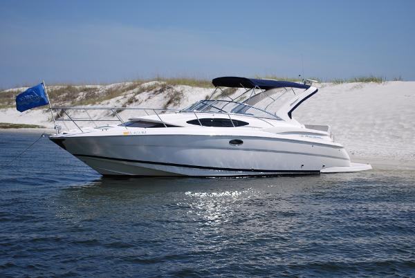 Regal 35 Express Cruiser