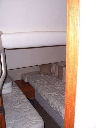 1999 Sea Ray 400 Sedan Bridge-Stateroom