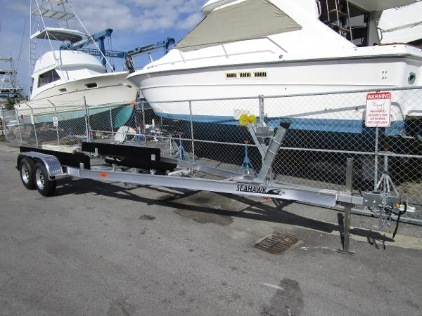Sea Hawk 21-23 Tandem Trailer