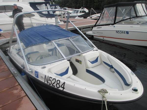 Bayliner 185 WAKE TOWER