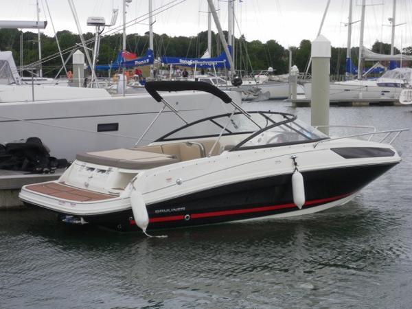 Bayliner VR5 Cuddy Bayliner VR5 Cuddy
