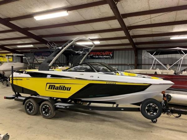 Malibu 22 LSV