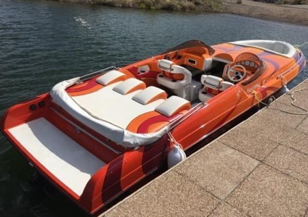 Kachina Boats 30' Drone