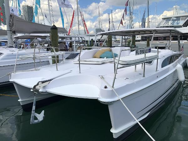 Gemini Catamarans Freestyle 399 Power